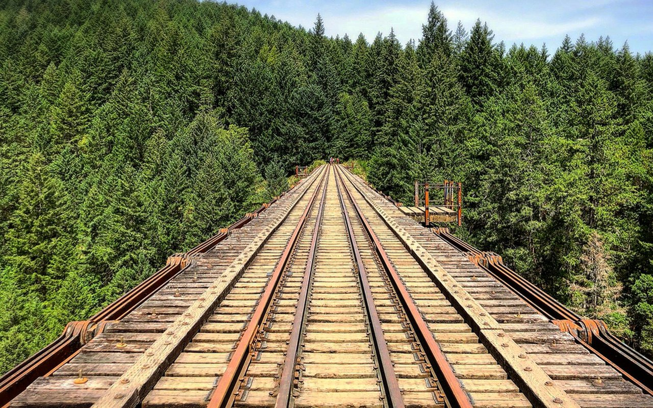AWAYN IMAGE Walk on Goldstream Trestle