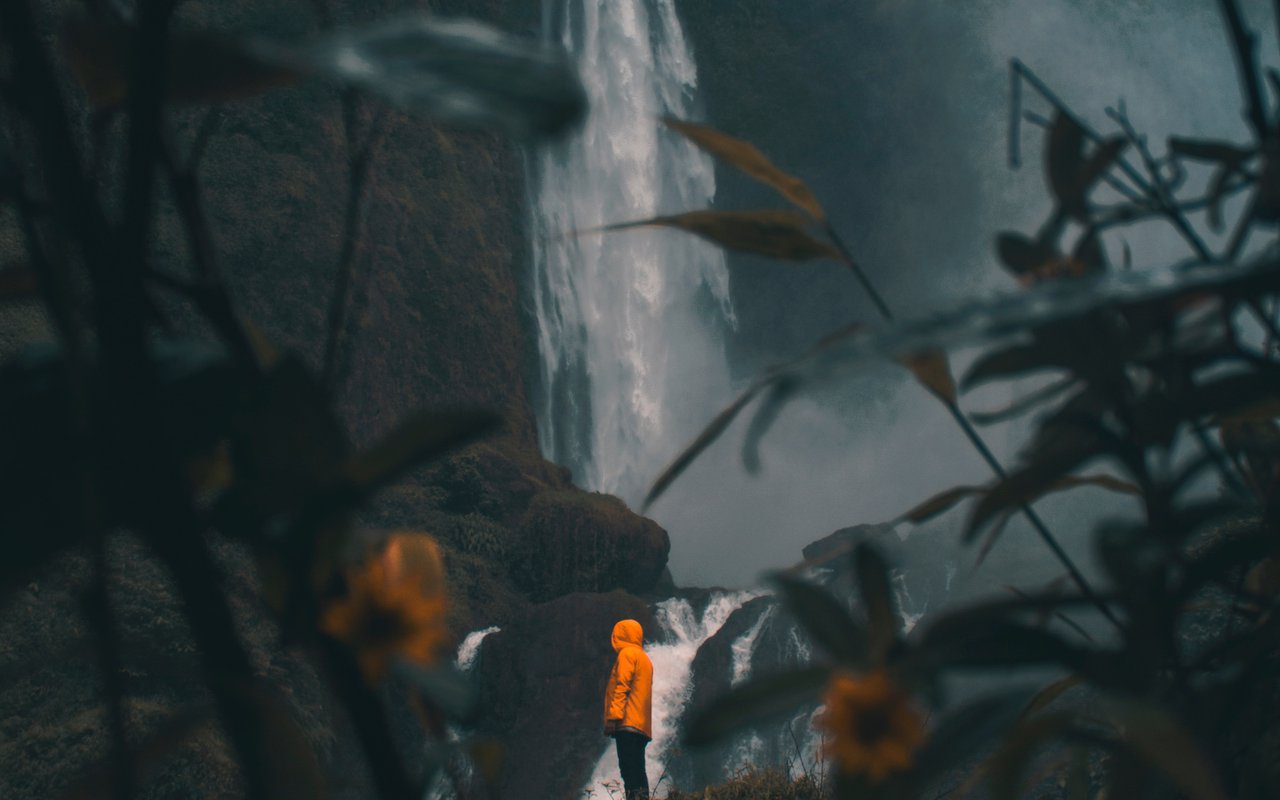 AWAYN IMAGE Curug Cimahi, See Colorful Rainbow Waterfall at Bandung