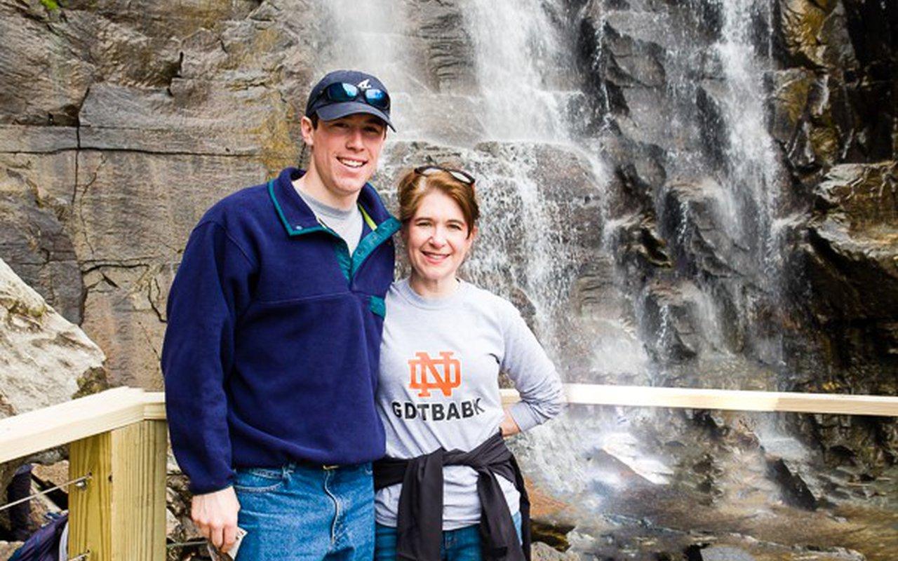 AWAYN IMAGE Hiking in Chimney Rock State Park