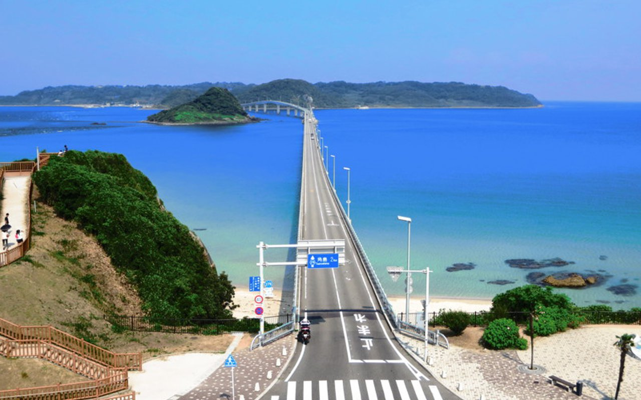 AWAYN IMAGE Tsunoshima Bridge, Yamaguchi Prefecture