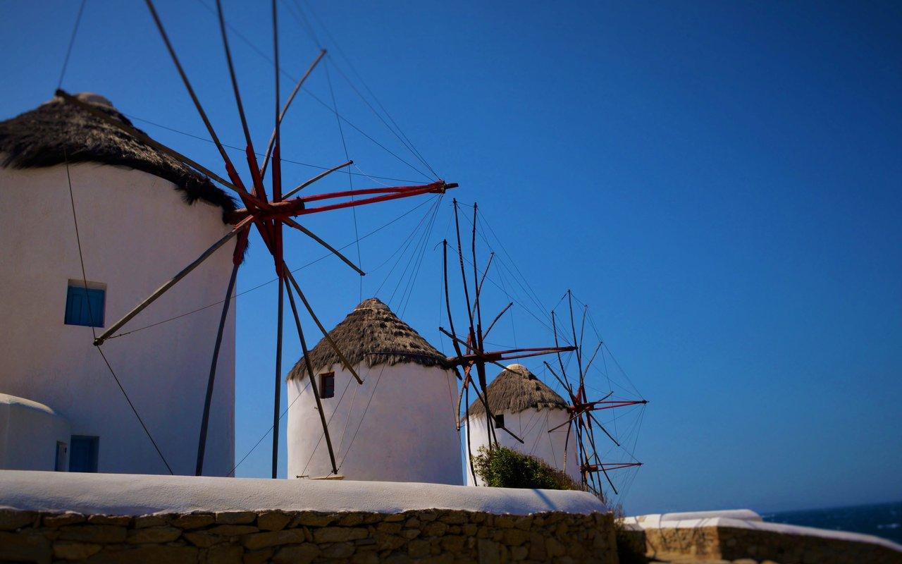 AWAYN IMAGE The Mykonos windmills