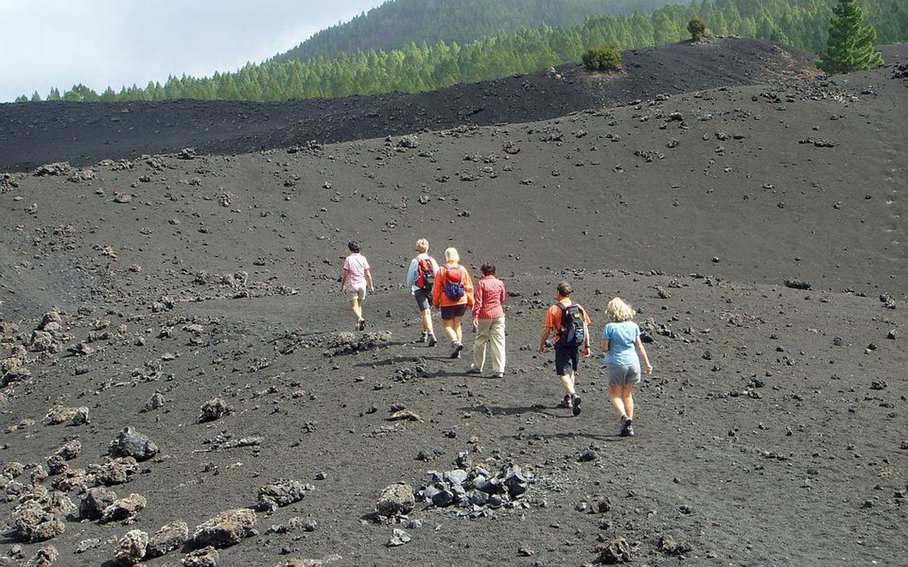 AWAYN IMAGE Hiking in Tenerife