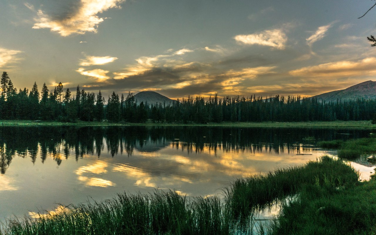 AWAYN IMAGE Backpacking to Uinta National Forest
