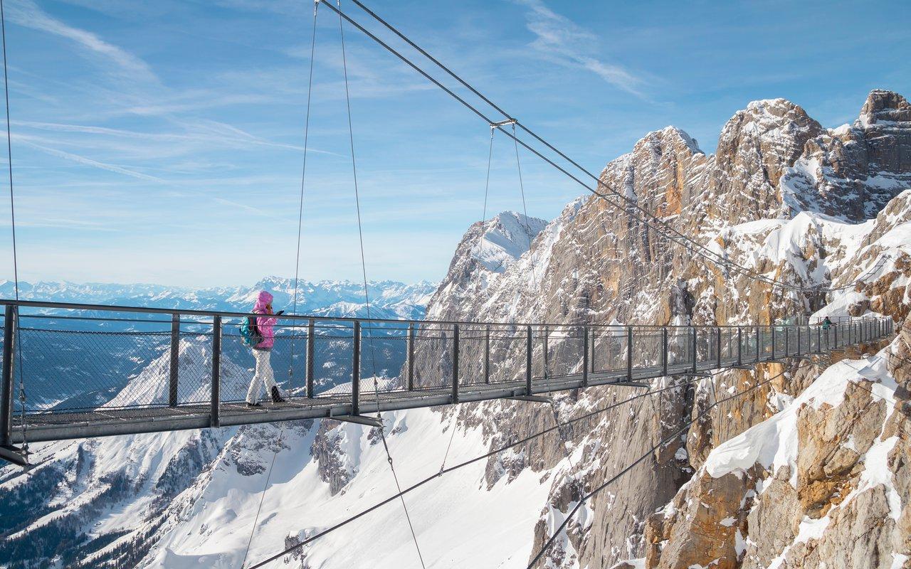 AWAYN IMAGE The Dachstein Skywalk