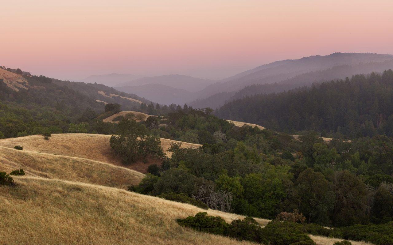 AWAYN IMAGE Hike Monte bello open space