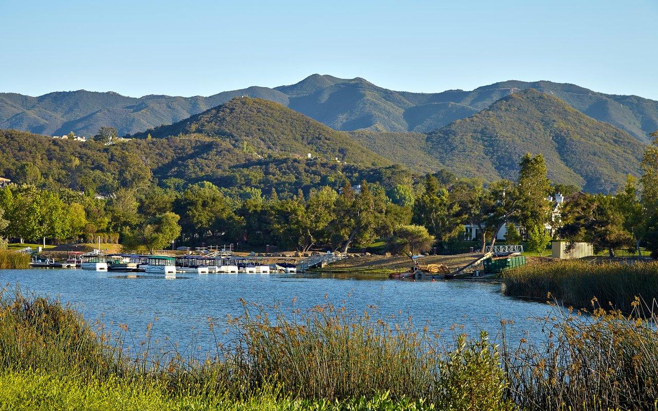 AWAYN IMAGE Hike Malibu Lake