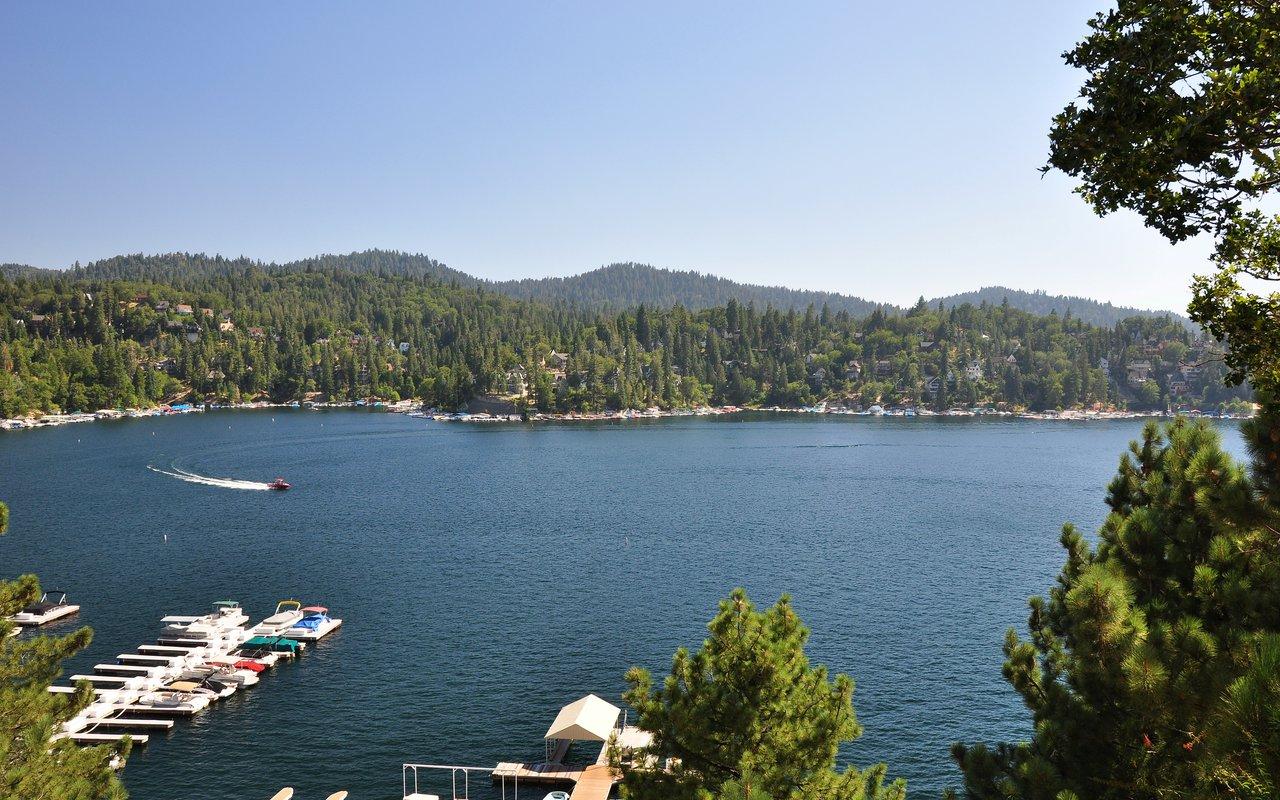 AWAYN IMAGE Hike Lake Arrowhead
