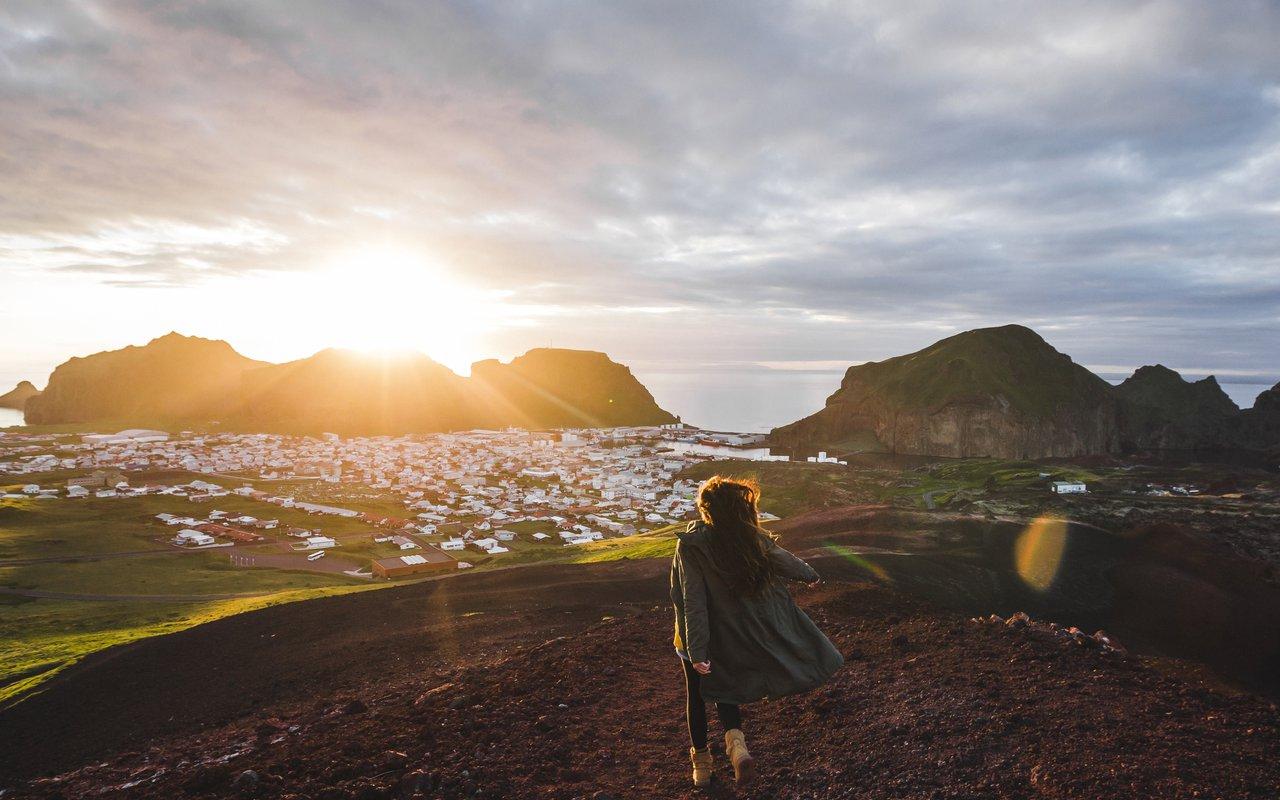 AWAYN IMAGE Hike to Eldfell Volcano
