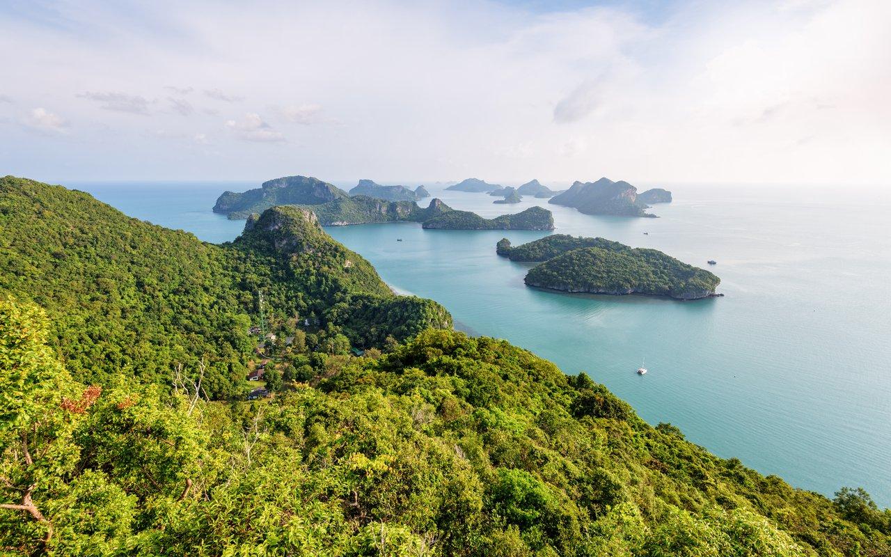 AWAYN IMAGE Ang Thong peak island