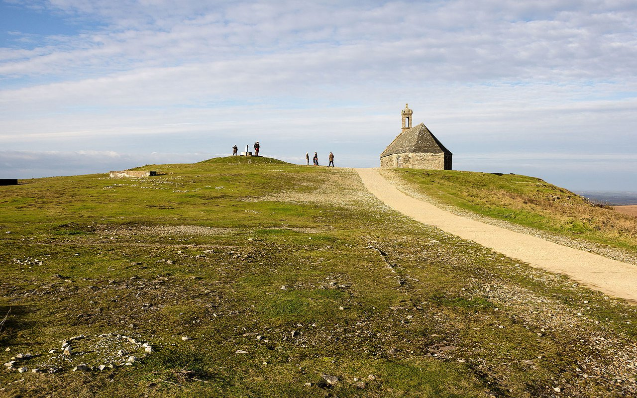 AWAYN IMAGE Mont Saint-Michel de Brasparts