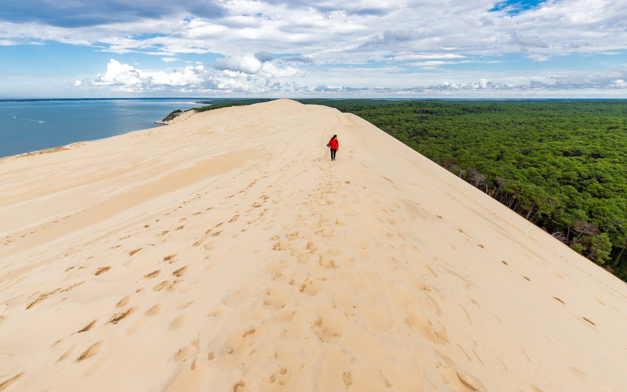 AWAYN IMAGE Beach day at La Dune du Pyla