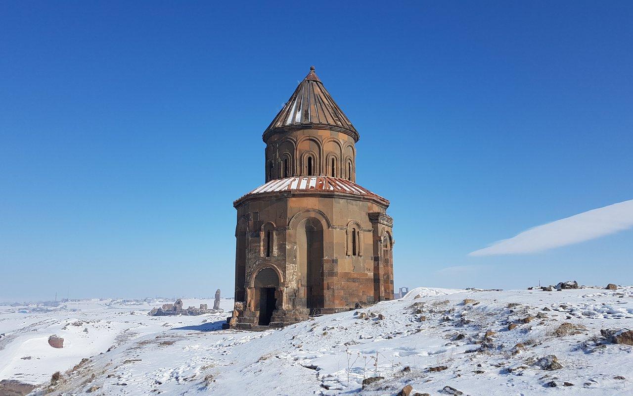 AWAYN IMAGE Winter hike to Ani Ghost City