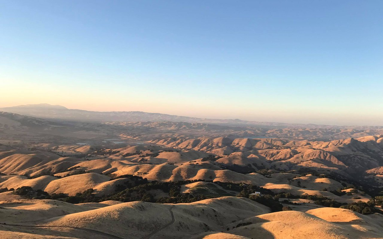 AWAYN IMAGE Catch the sunset in Mission Peak Regional Park