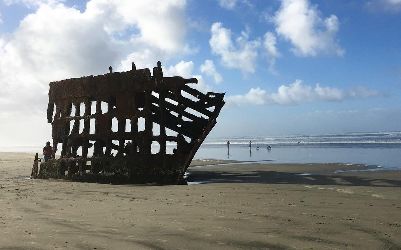 AWAYN IMAGE The Wreck of the Peter Iredale