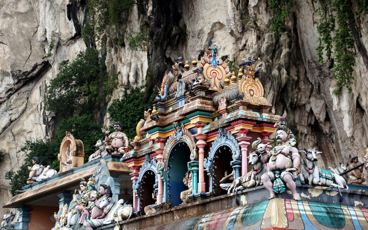AWAYN IMAGE Batu Caves Malaysia