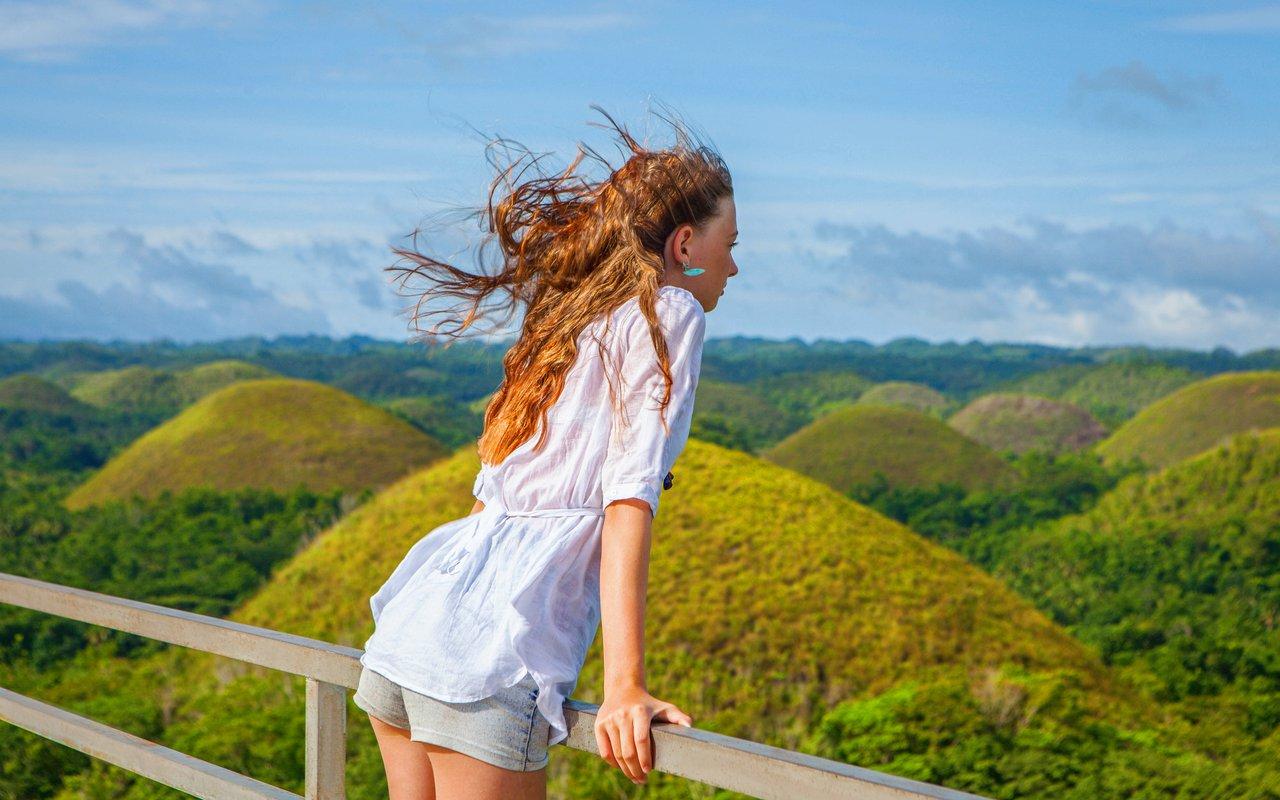 AWAYN IMAGE Chocolate Hills Bohol