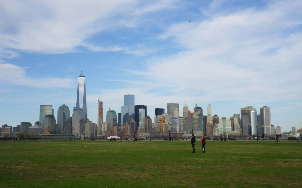 AWAYN IMAGE Liberty State Park New York Bay