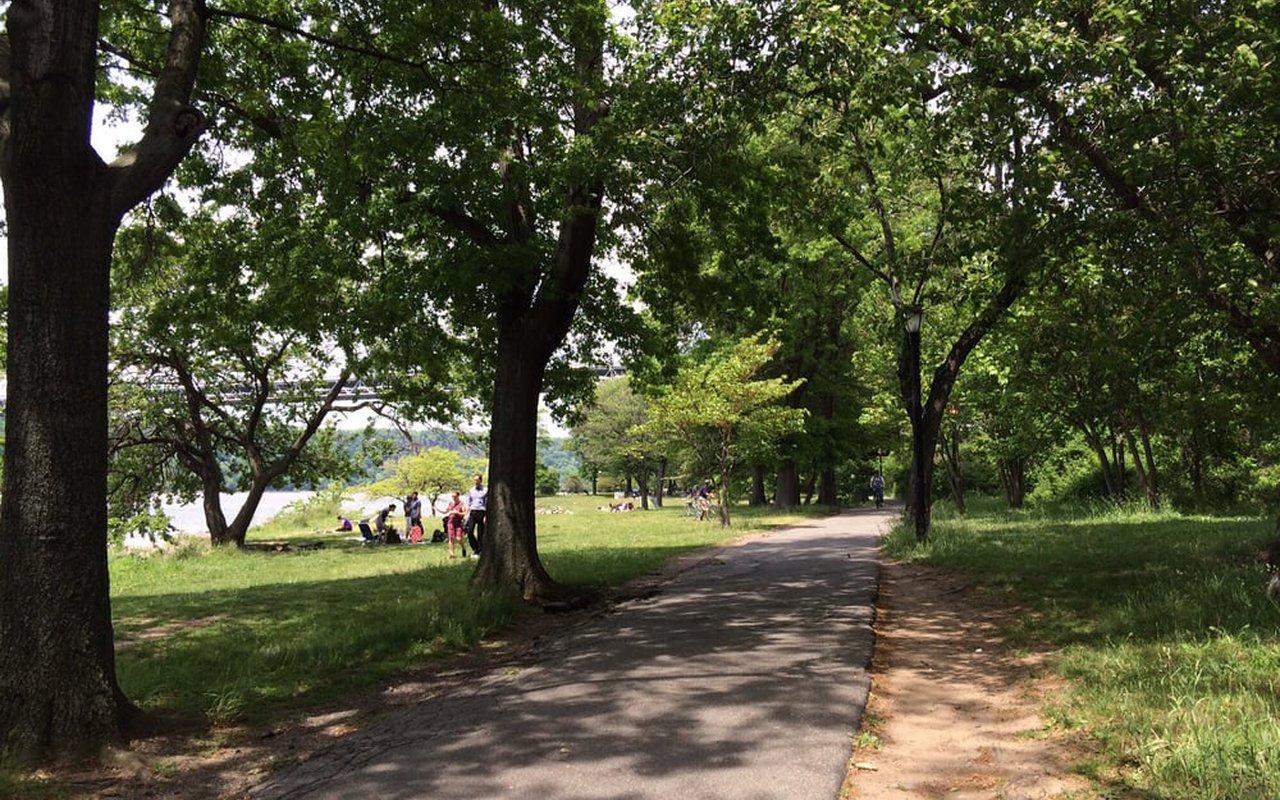 AWAYN IMAGE Run/ Walk Fort Washington Park Greenway to Riverbank State Park