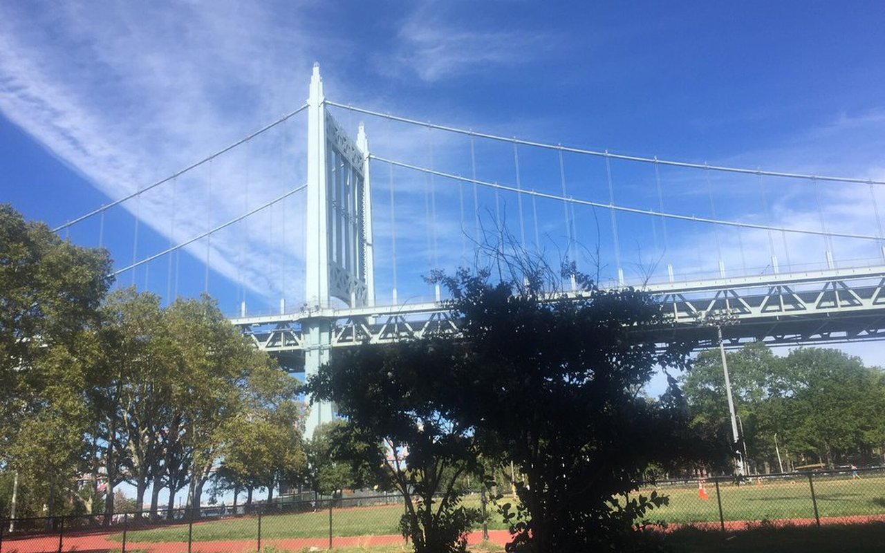 AWAYN IMAGE Run/ Walk Astoria Park Loop Trail