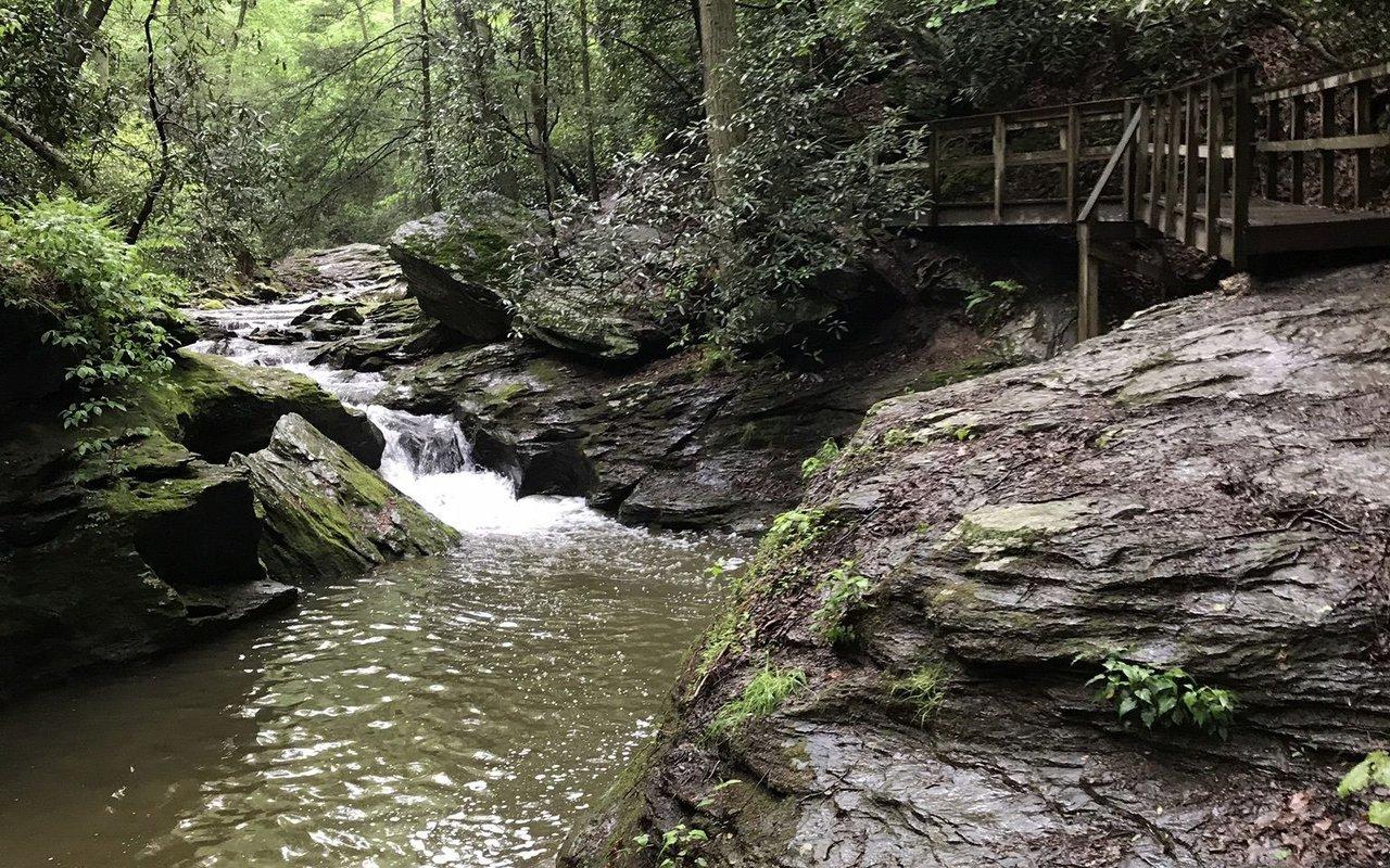AWAYN IMAGE Tucquan Glen Loop Trail