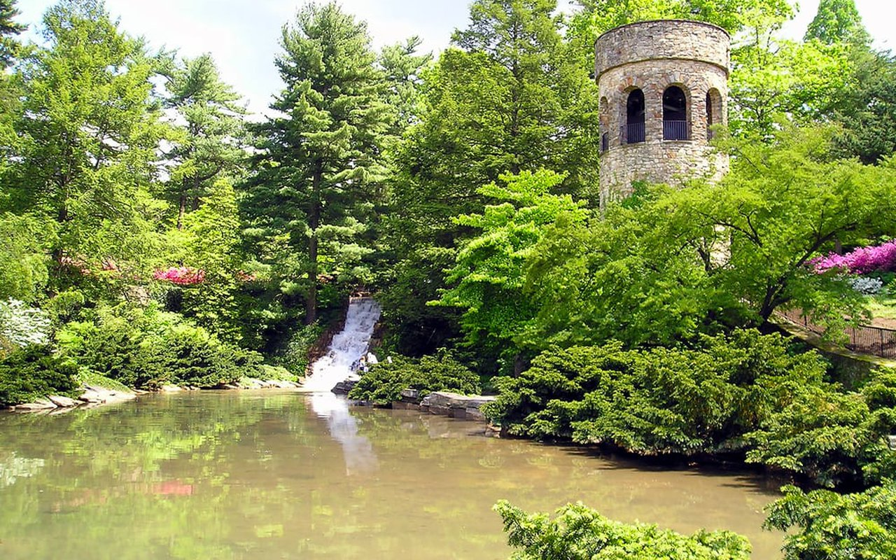 AWAYN IMAGE Longwood Gardens