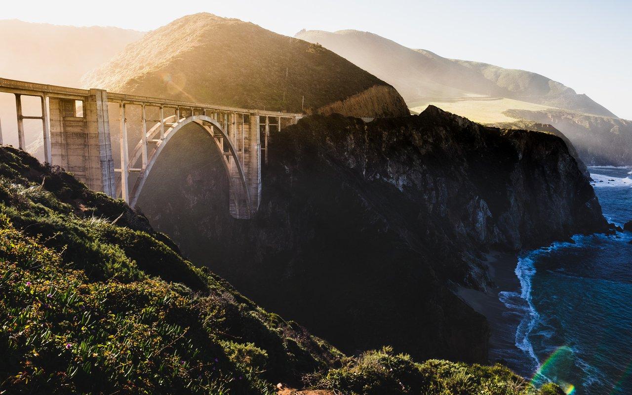 AWAYN IMAGE Photograph the Bixby Bridge Big Sur Cali