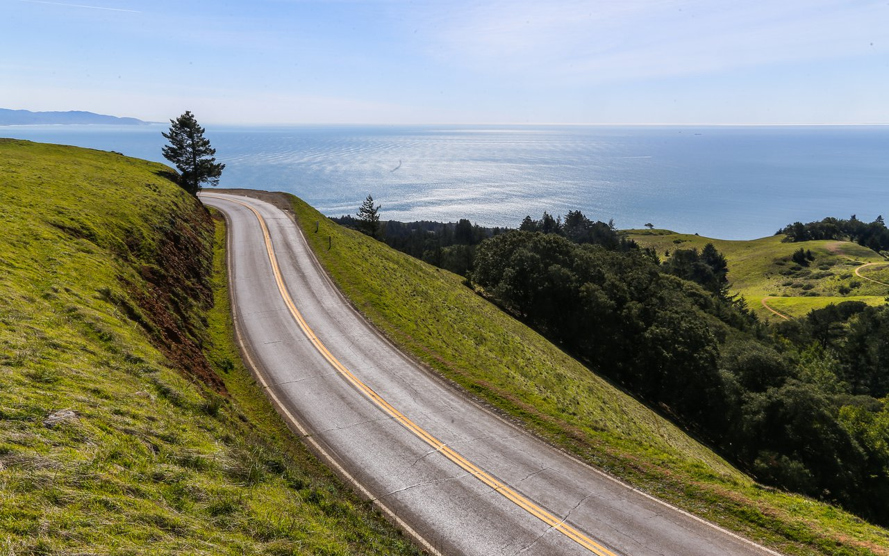 AWAYN IMAGE Mount tamalpais Hiking