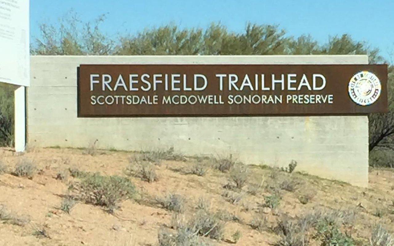 AWAYN IMAGE Fraesfield Trailhead