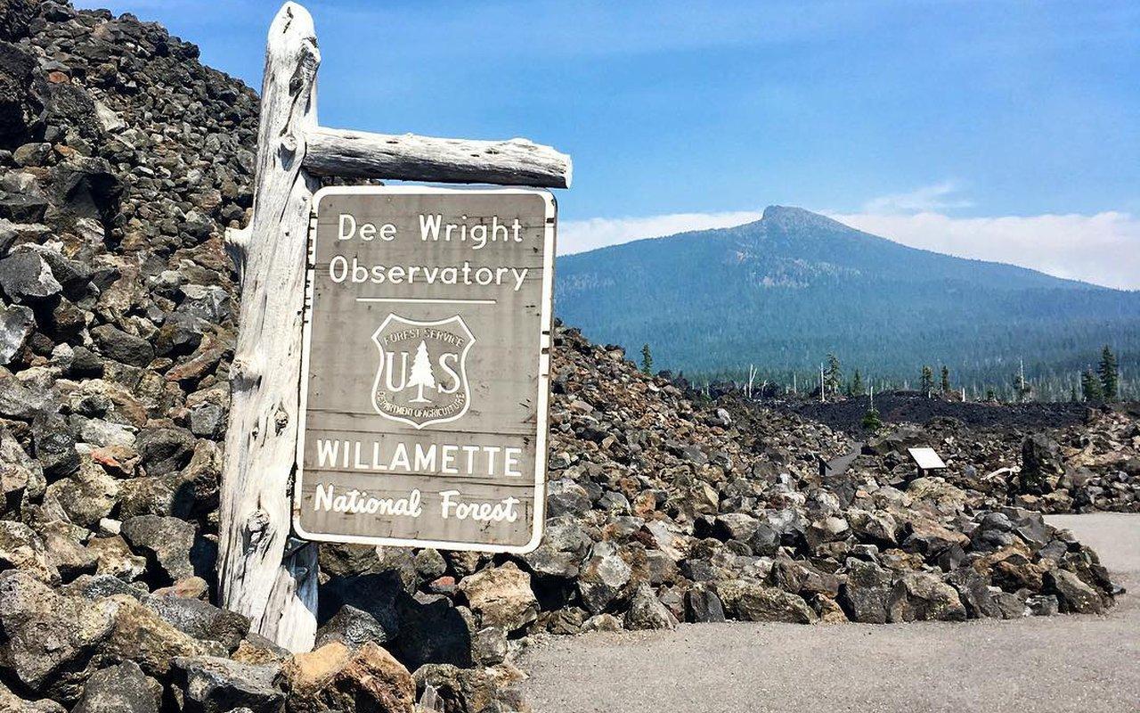 AWAYN IMAGE Dee Wright Observatory