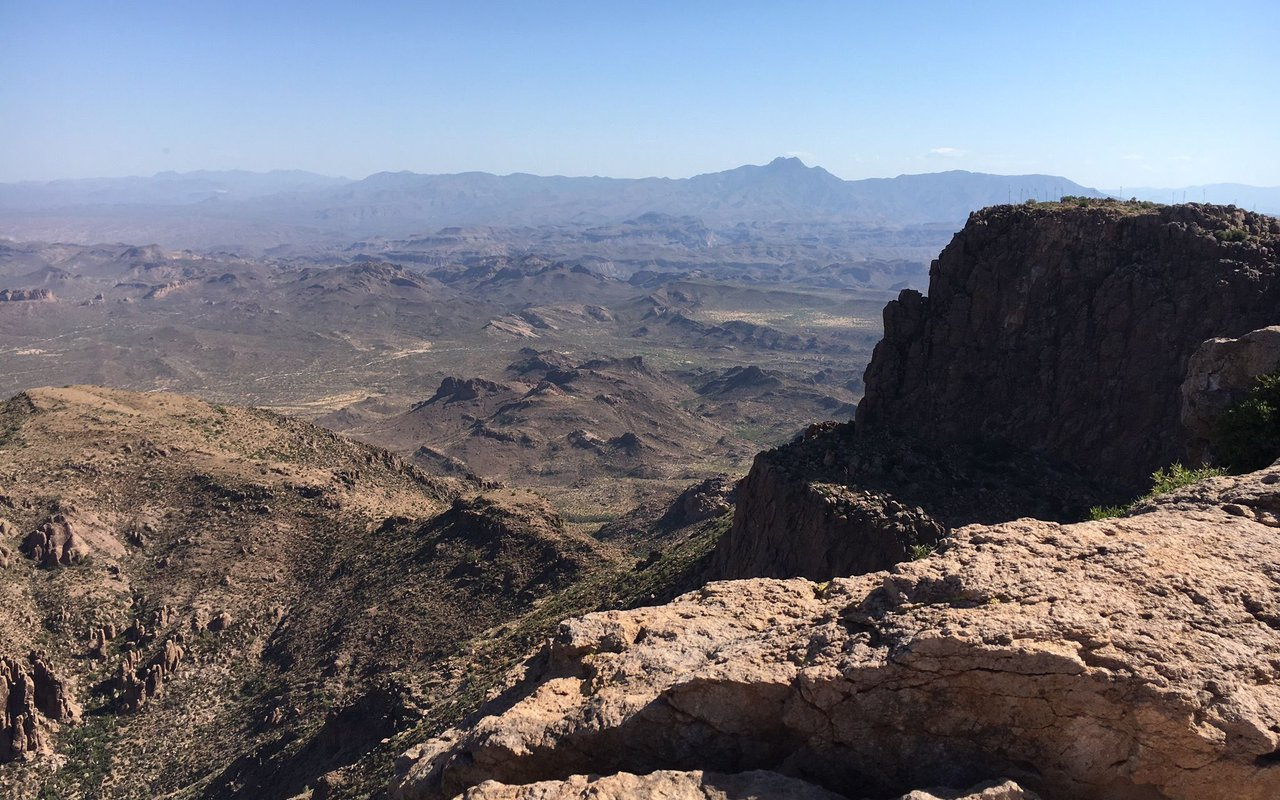 AWAYN IMAGE Hike Flatiron Via Siphon Draw Trail