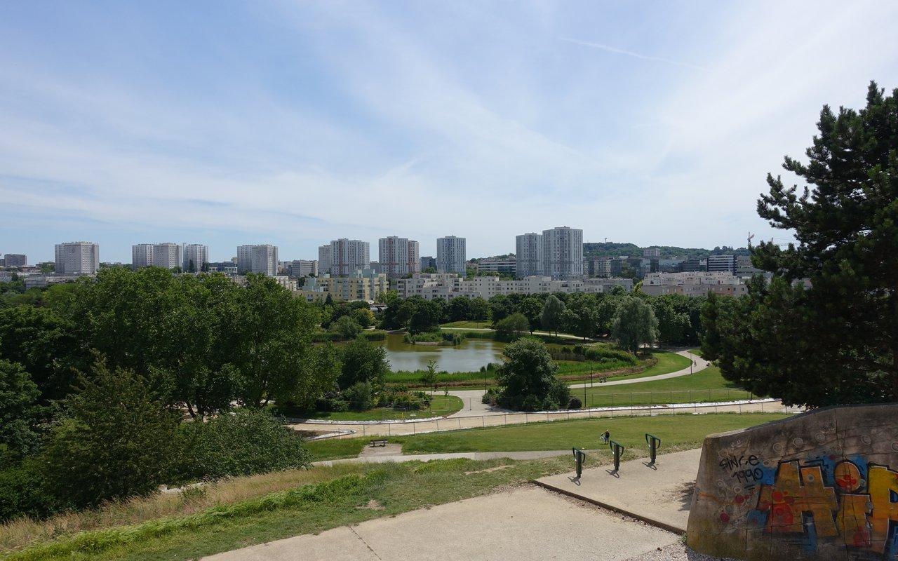AWAYN IMAGE Jog in André Malraux parc