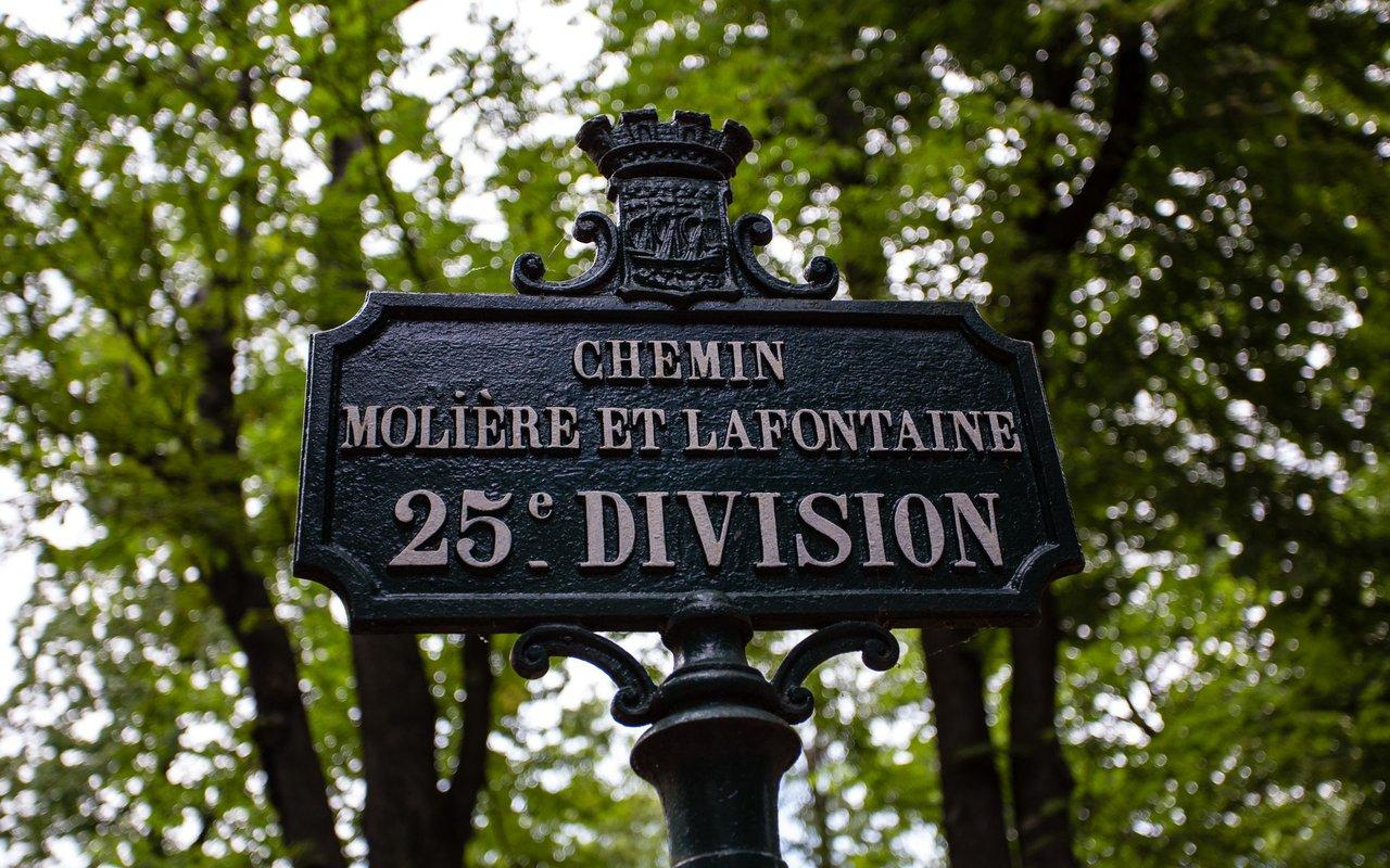 AWAYN IMAGE Stroll through the Père-Lachaise cemetery