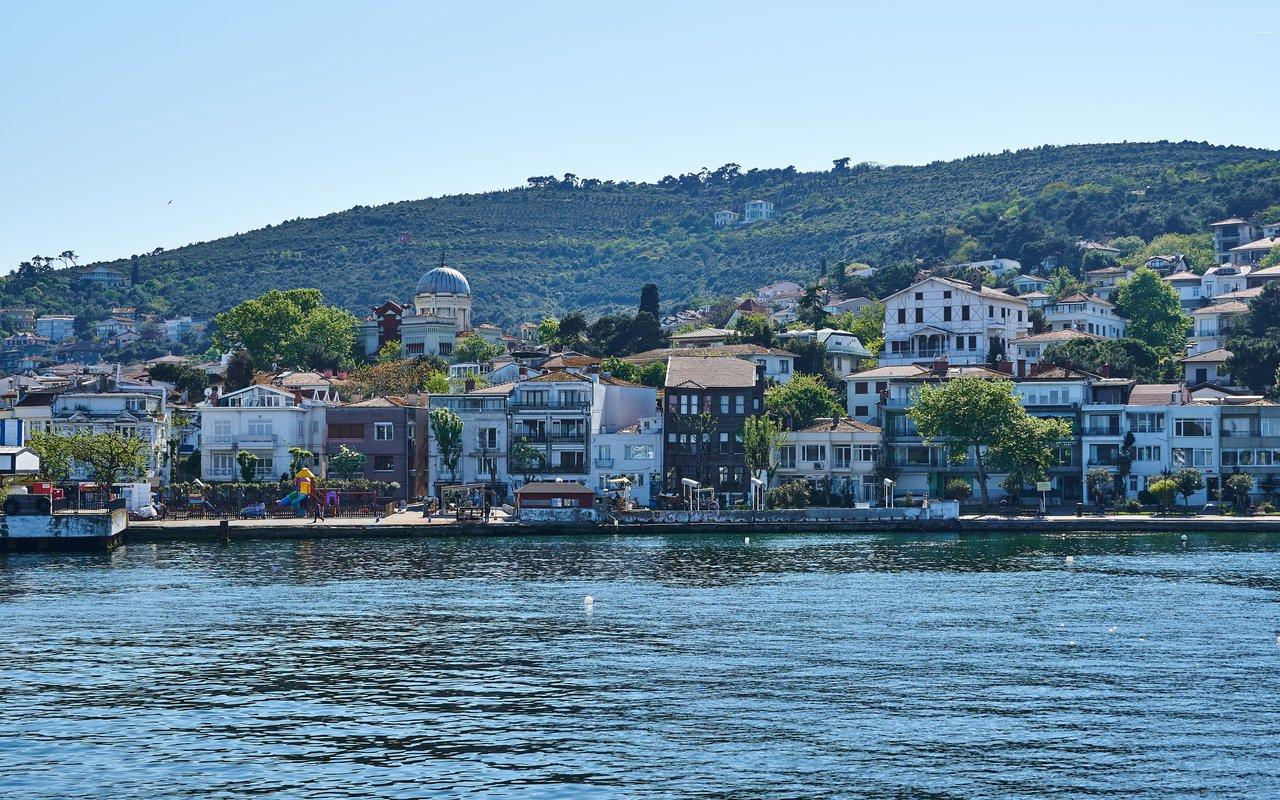 AWAYN IMAGE Visit   Burgaz  island
