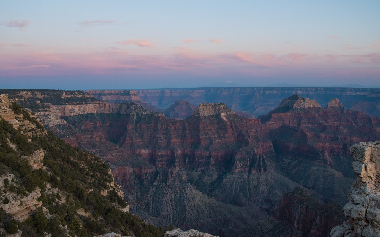 AWAYN IMAGE Semi-Hike & Bus ride to Grand Canyon's South Rim