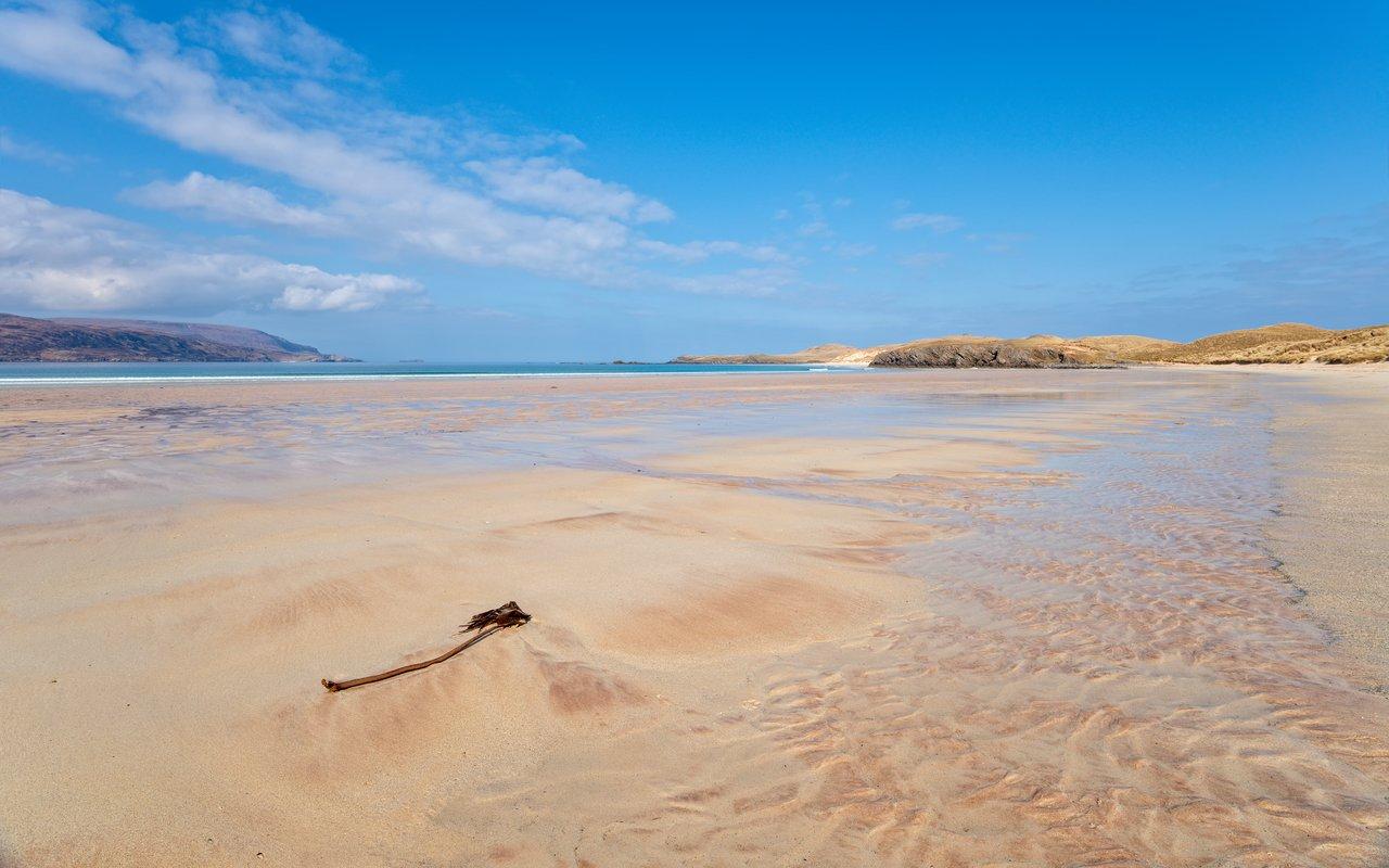 AWAYN IMAGE Balnakeil Beach in Scotland