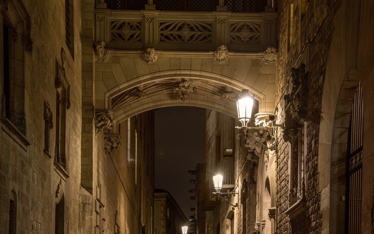 AWAYN IMAGE Gothic Quarter, Barcelona