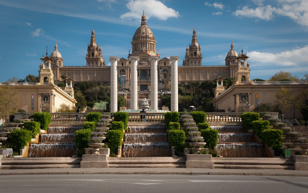 AWAYN IMAGE Museu Nacional d'Art de Catalunya