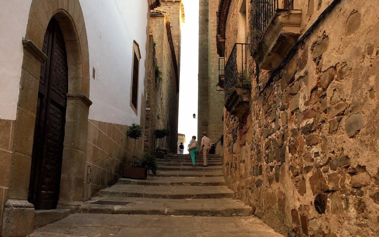 AWAYN IMAGE Cáceres
