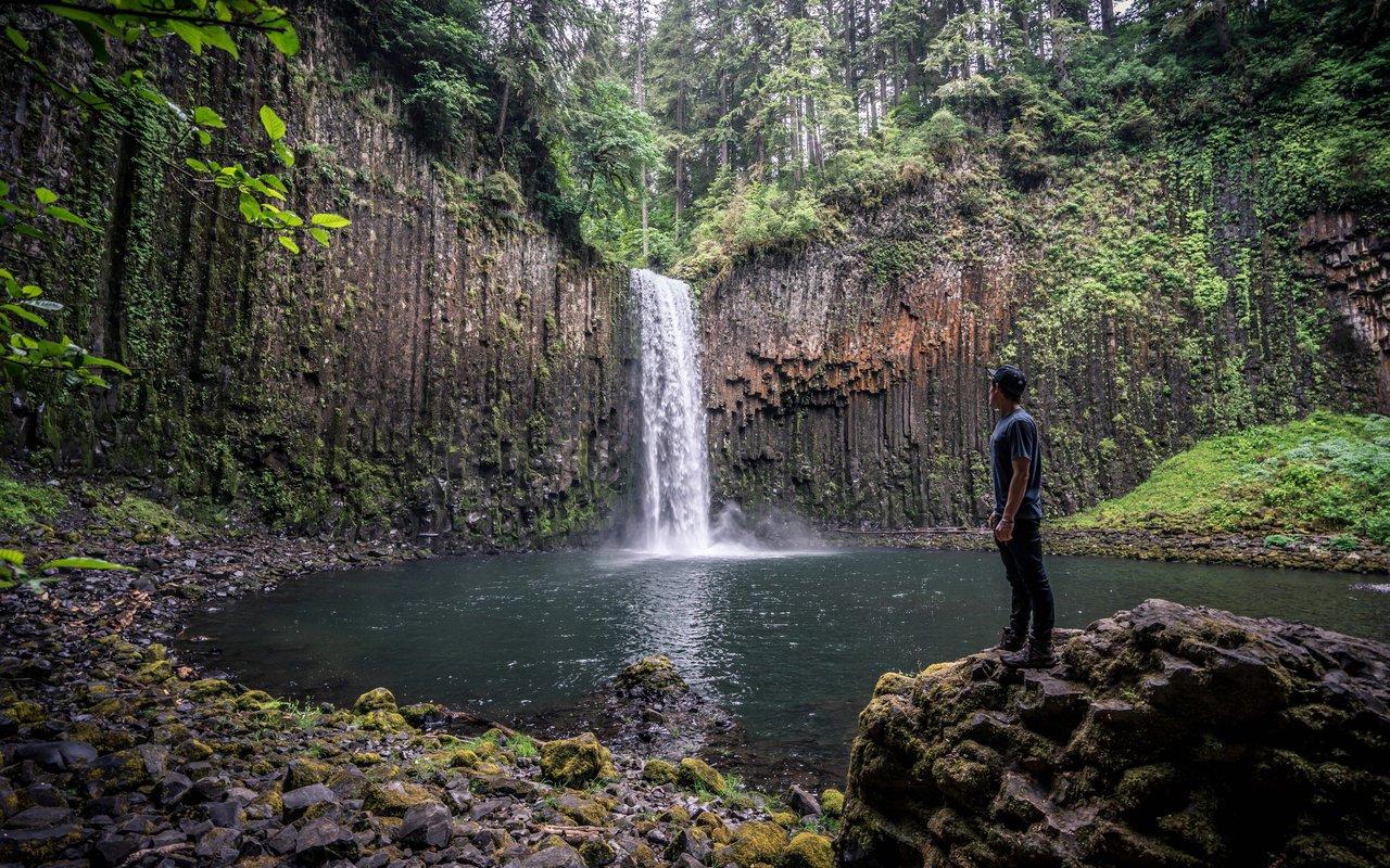 AWAYN IMAGE Hike to Abiqua Falls