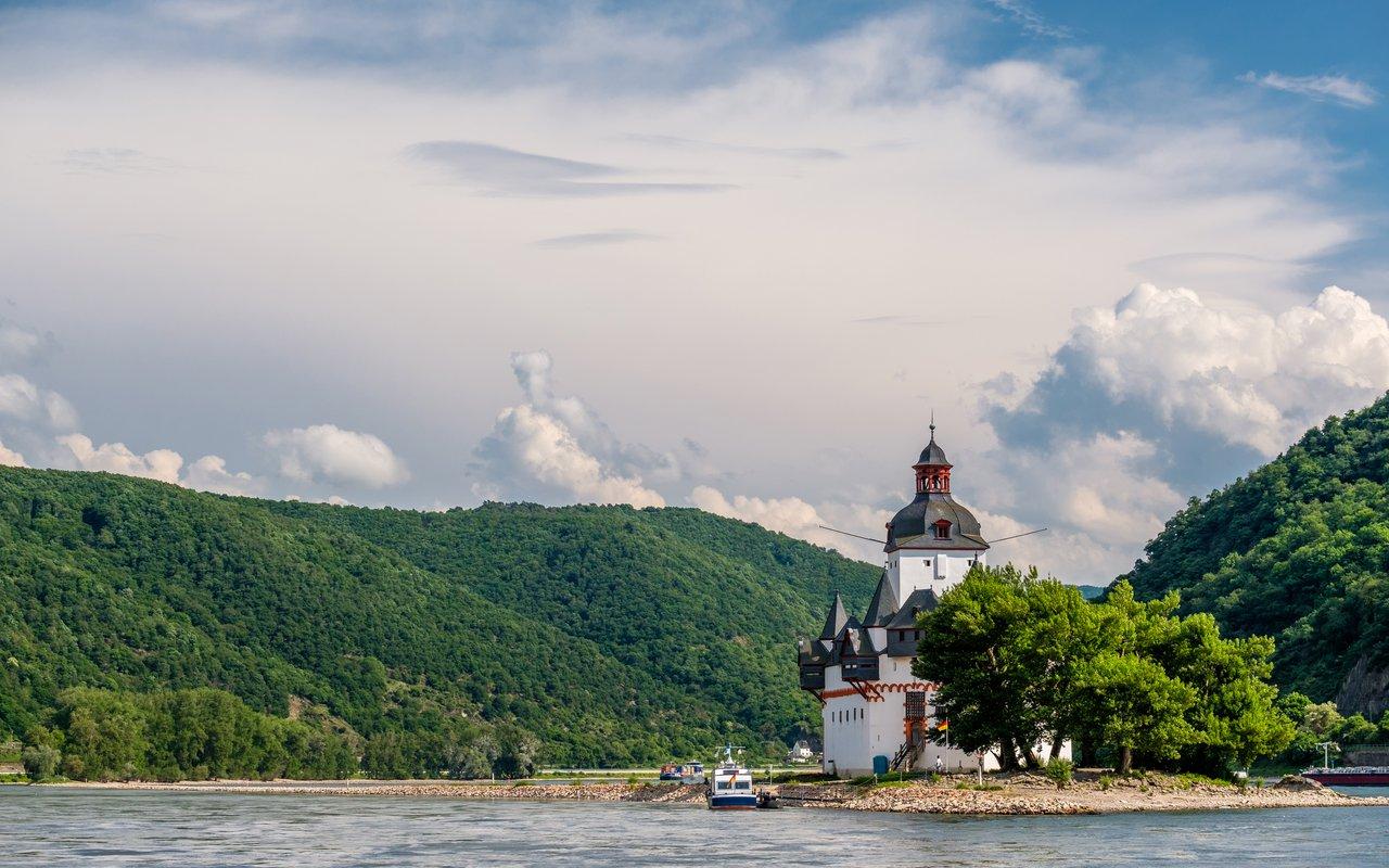 AWAYN IMAGE Burg Pfalzgrafenstein