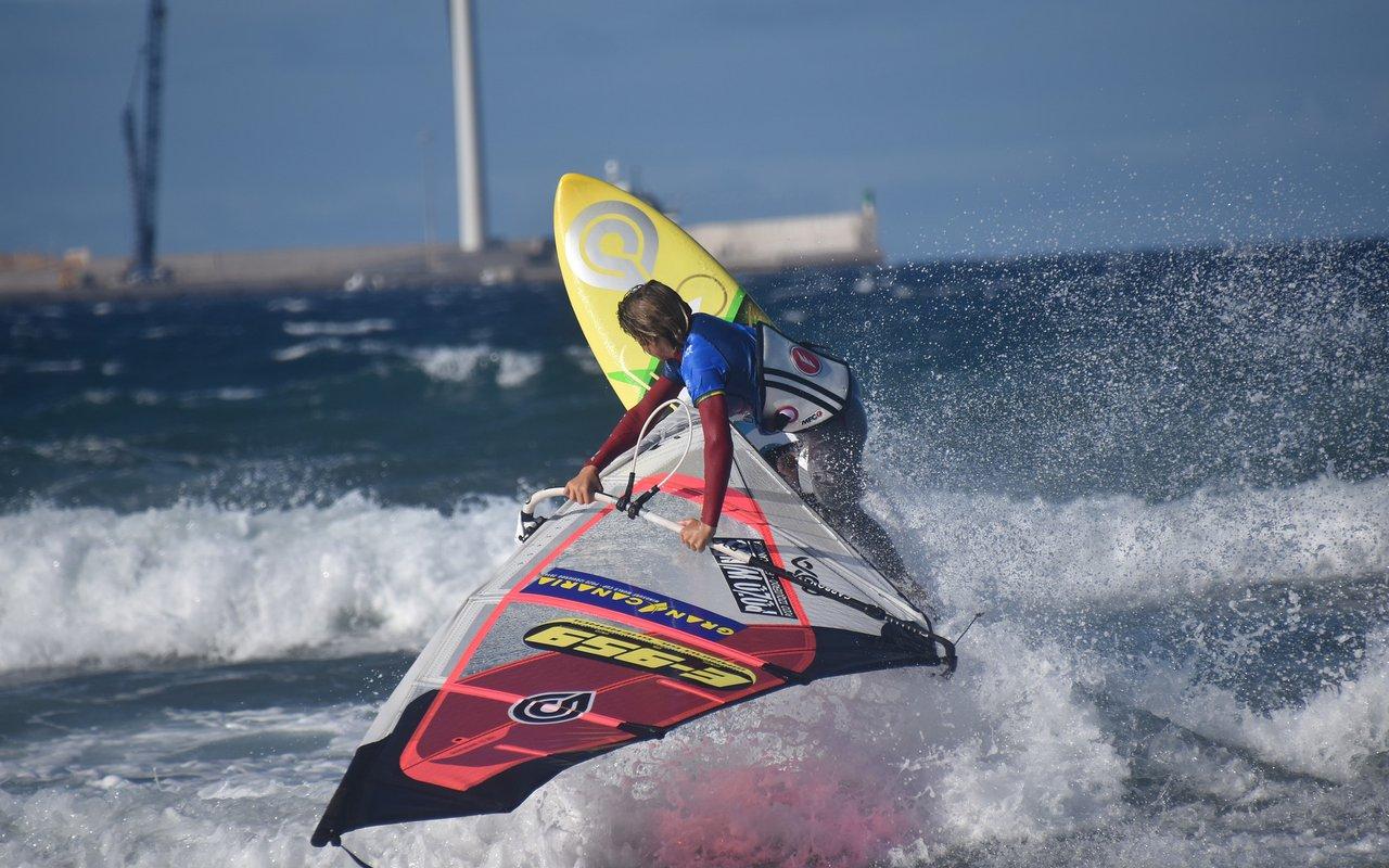 AWAYN IMAGE Windsurfing in Gran Canaria, Spain