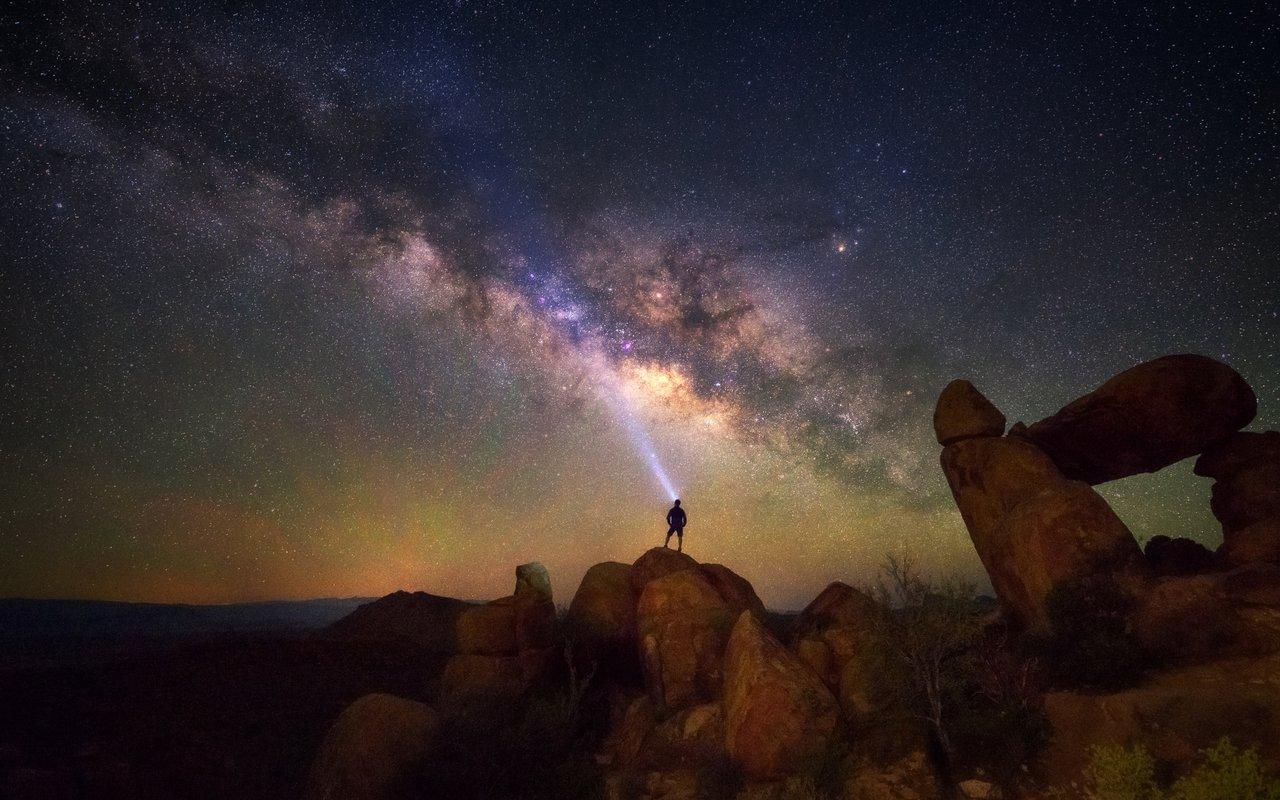 AWAYN IMAGE Stargazing in Big Bend National Park
