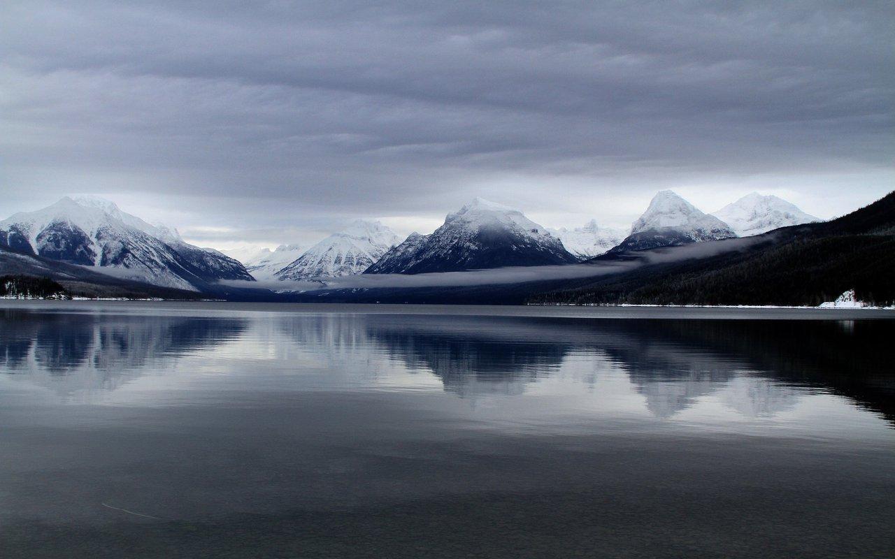 AWAYN IMAGE Hike & Photography at the Lake McDonald