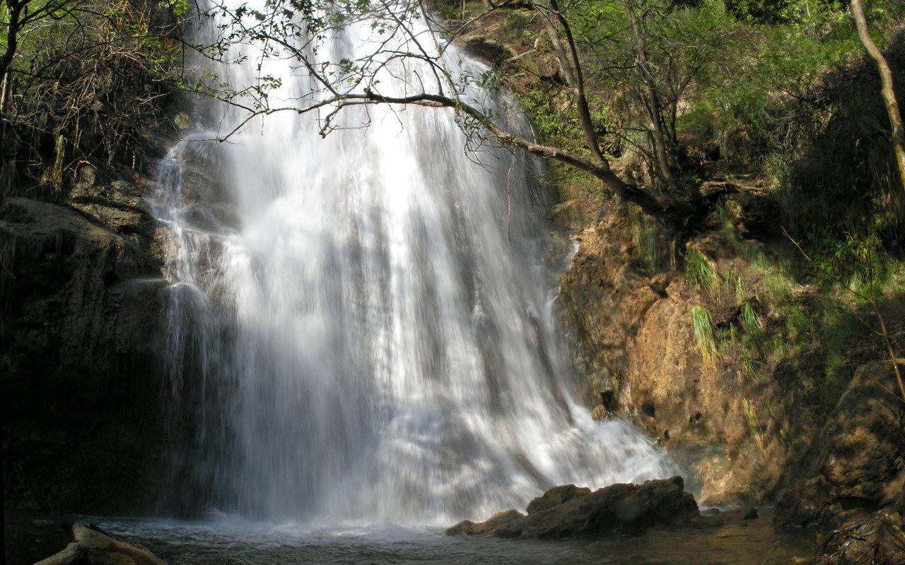 AWAYN IMAGE Escondido Falls