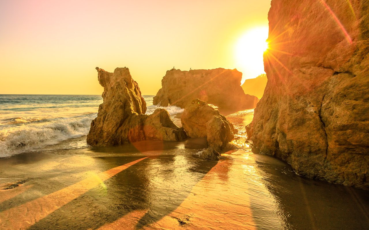 AWAYN IMAGE El Matador State Beach